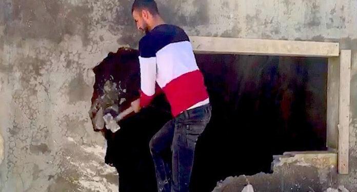 صیہونی مظالم: ایک اور فلسطینی نے اپنا گھر خودمسمار کردیا